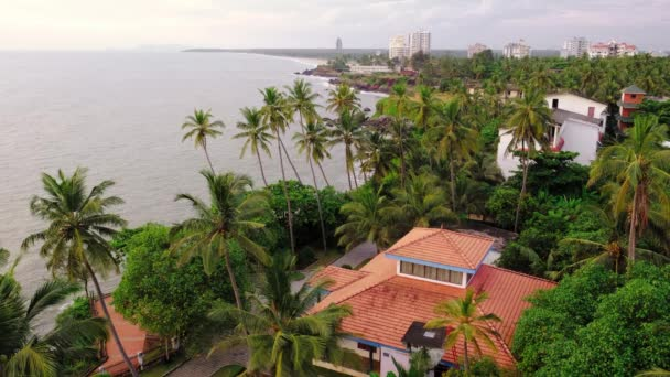 Krásná tropická krajina vidět z majáku Kannur v Kerala, Indie