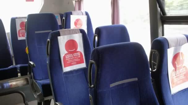 COVID-19 Autobus MHD během pandemie koronaviru