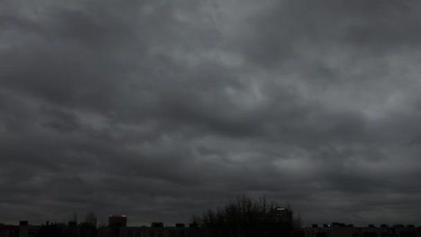 časová prodleva bouřkové mraky rychle