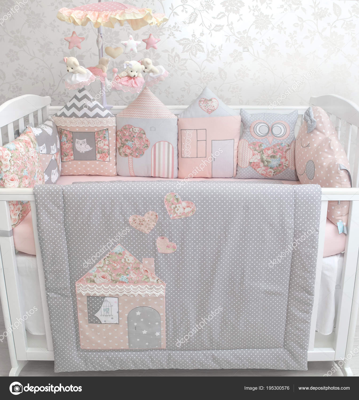 f1fdfc909 Cute Babygirl Bedding Set — Stock Photo © SashaBasina #195300576