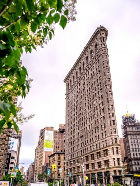 NEW YORK CITY - JUNE 2013: Flatiron building facade in Manhattan