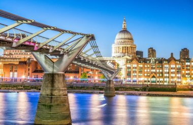 Millennium Bridge after sunset