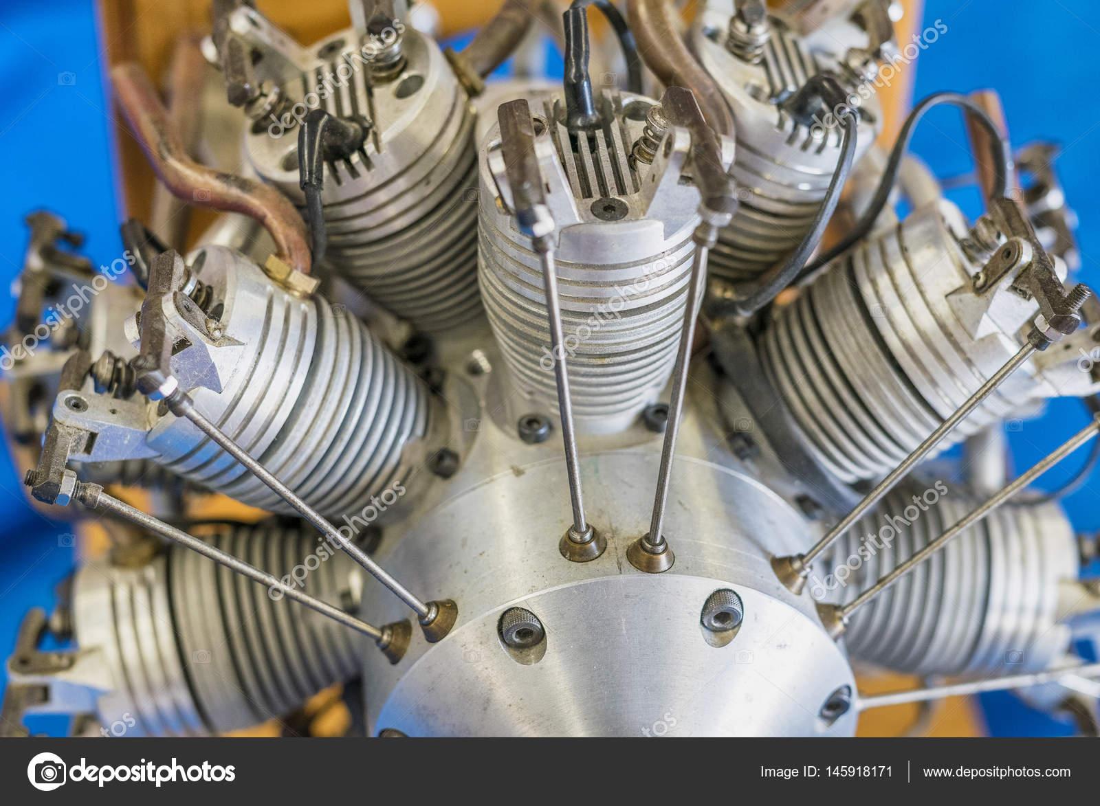 Elektronik-Komponenten für Drohnen motor — Stockfoto © jovannig ...
