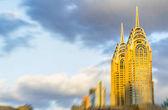 Fotografia Offuscata skyline di Dubai da auto in movimento