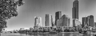 MELBOURNE, AUSTRALIA - NOVEMBER 20, 2015: Panoramic view of city