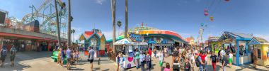 SANTA CRUZ, CA - AUGUST 4, 2017: City amusement park on the beach. This is a famous attraction in California.