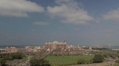 amazing Emirates Palace is a luxury hotel in Abu Dhabi, United Arab Emirates operated by Kempinski and opened in February 2005