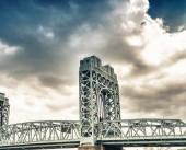 Photo Robert F. Kennedy Bridge, New York City.