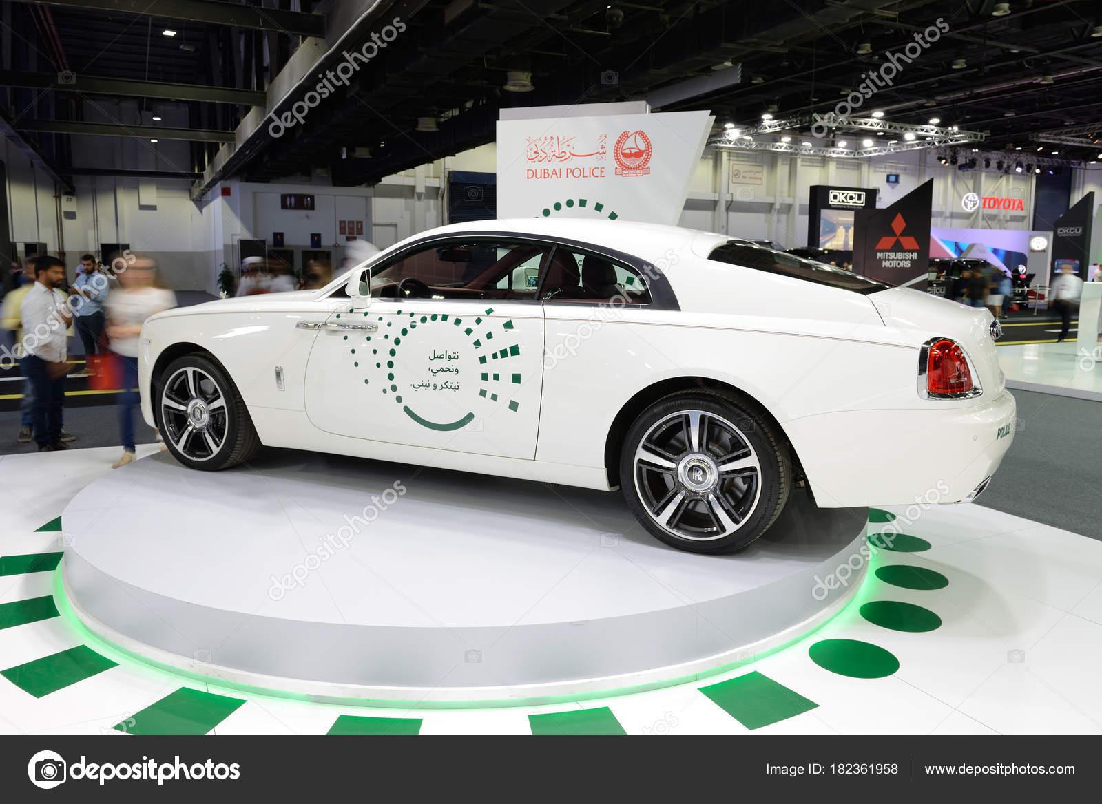 Pictures : police cars in dubai | DUBAI, UAE - NOVEMBER 18