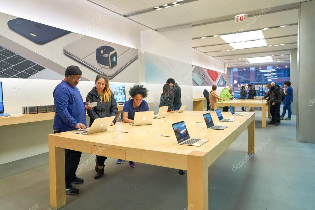 Apple Store In Chicago U2014 Stock Photo