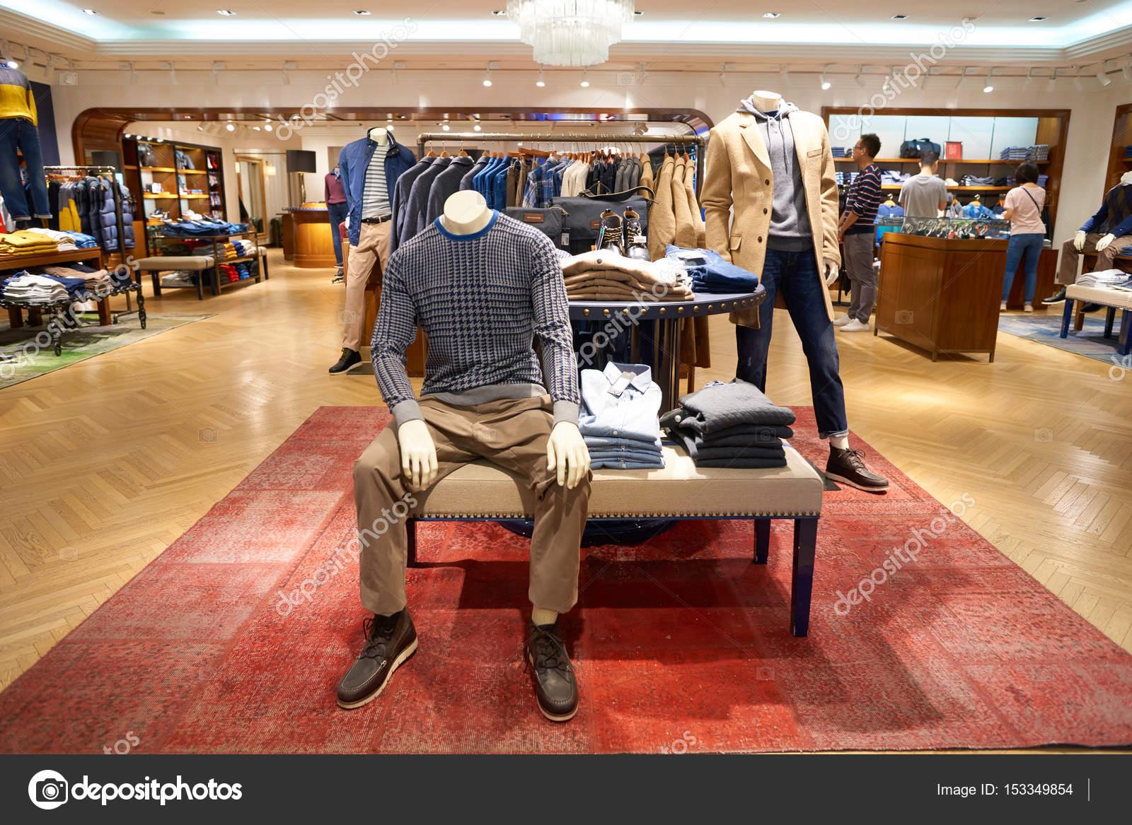5951a490aabc Tommy Hilfiger магазин в Гонконге – Стоковое редакционное фото ...