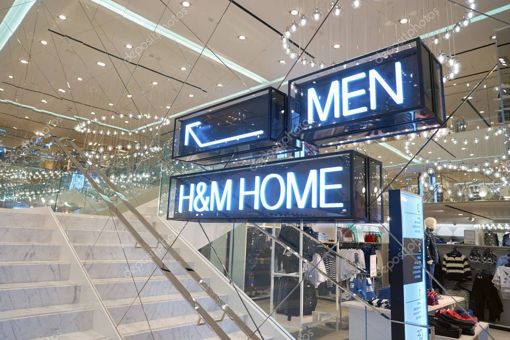 inside of H & M store in Hong Kong