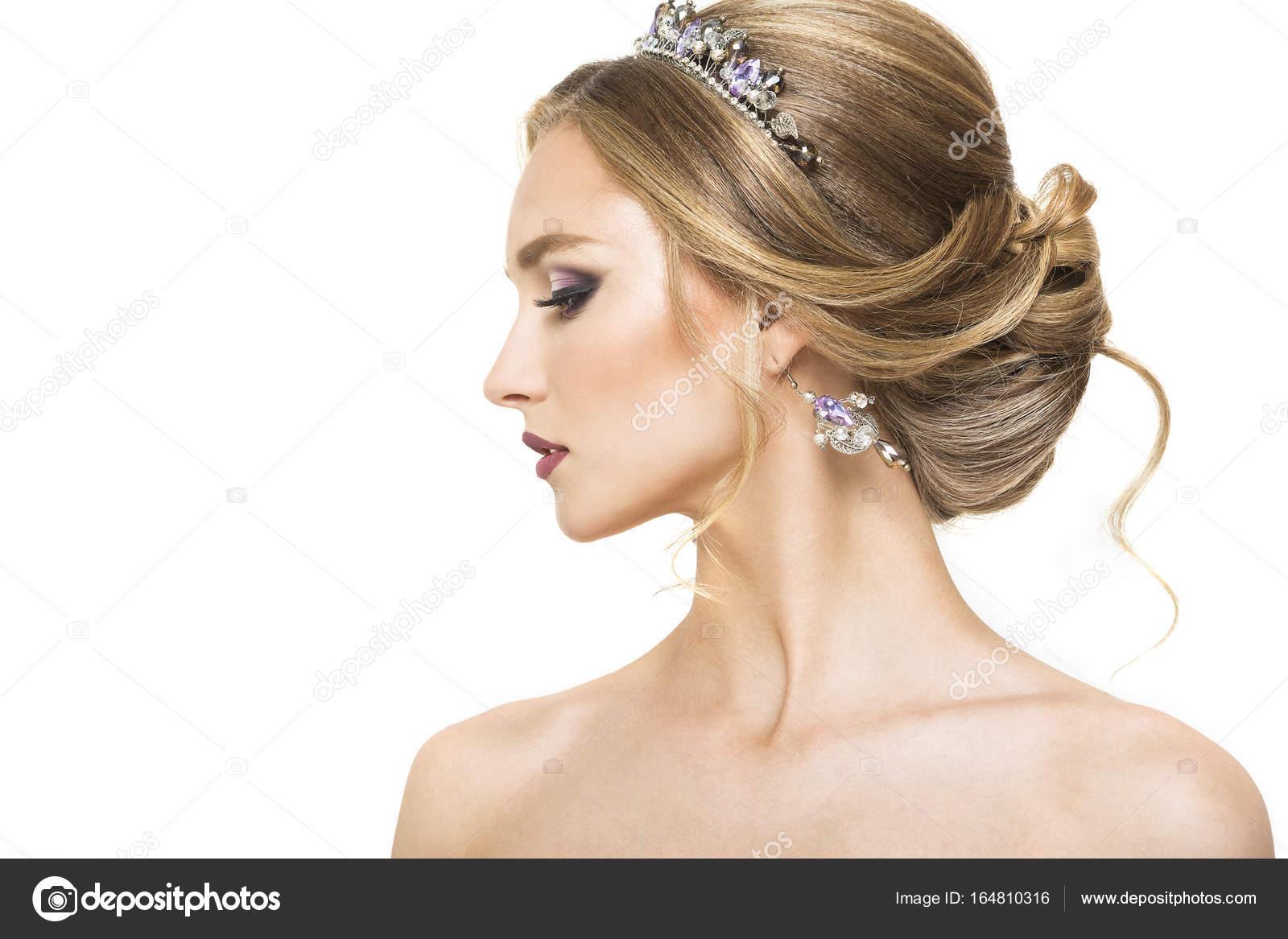 Junge Hübsche Mädchen Mit Frisur Und Make Up Stockfoto
