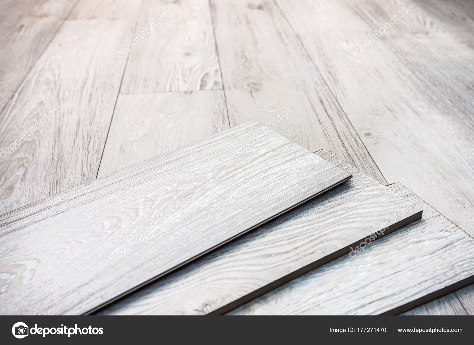 Laminate planks can be laid on the