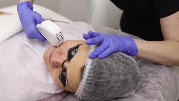 Foto obličeje terapie. Omlazovací procedury