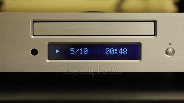 CD přehrávač přehrávání disku