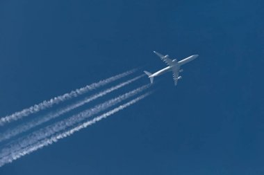 Plane at cruising altitude