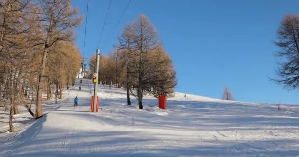 Ski lift pulling