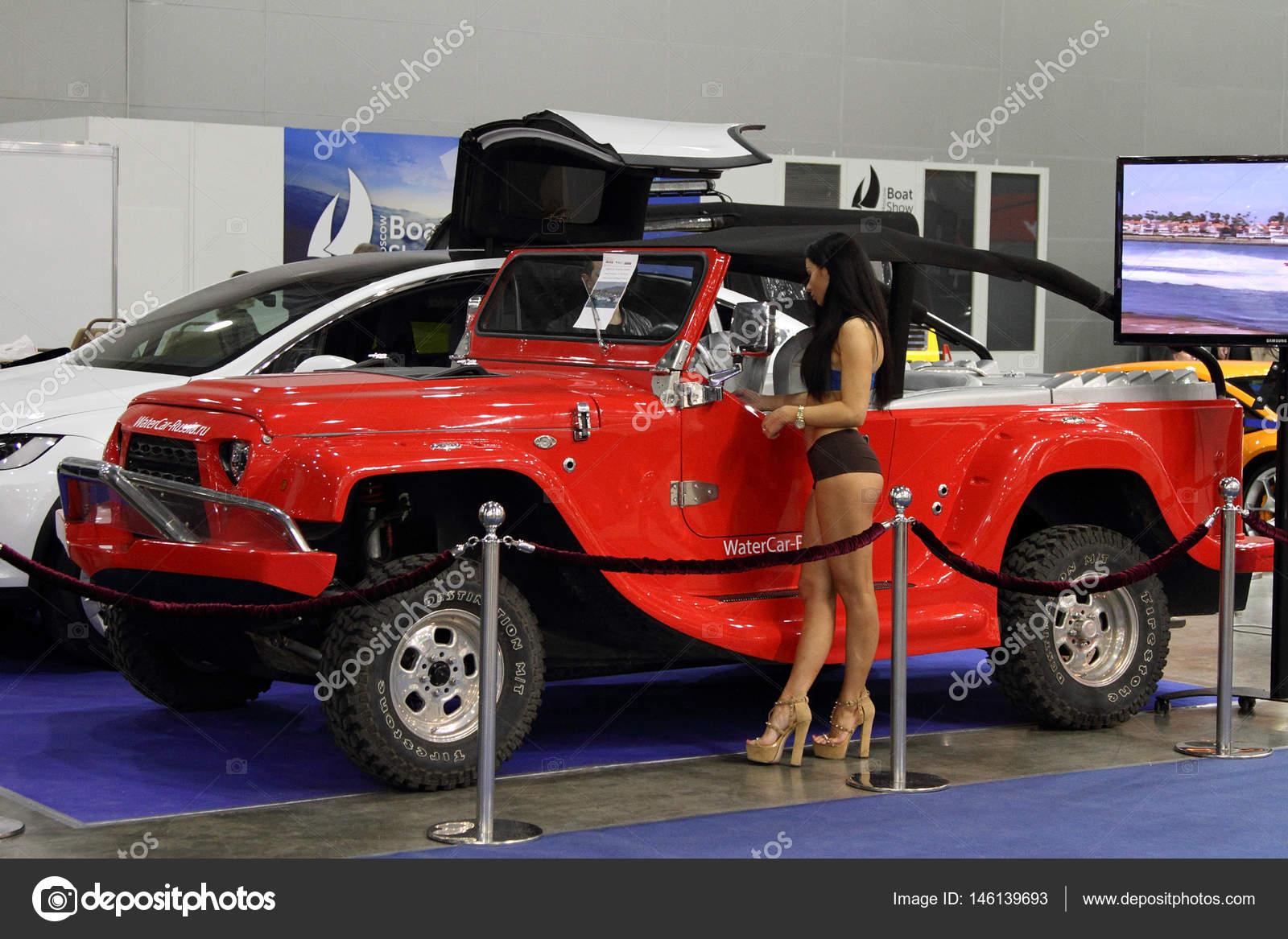 Москва - 09 марта 2017  Пантера Watercar для 10 международное бот-шоу в  Москве. Россия — Фото автора kamski 3174b0efa46