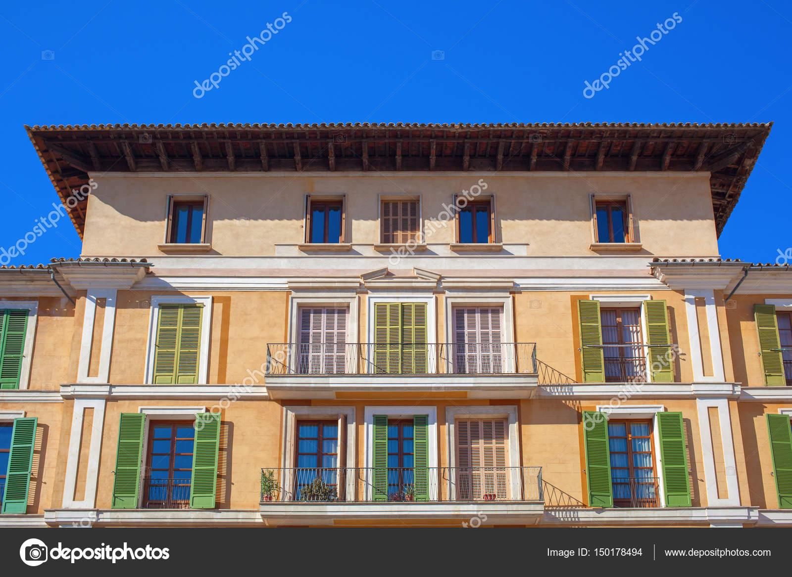 Casa En Palma De Mallorca Foto De Stock Artjazz 150178494