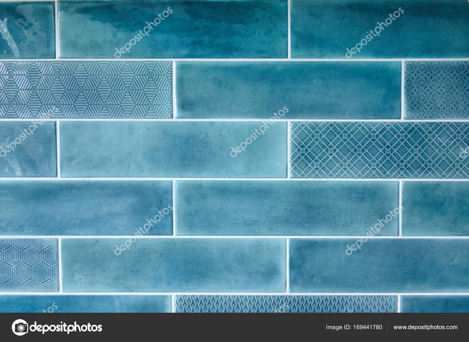 Piastrelle in ceramica blu u foto stock artjazz