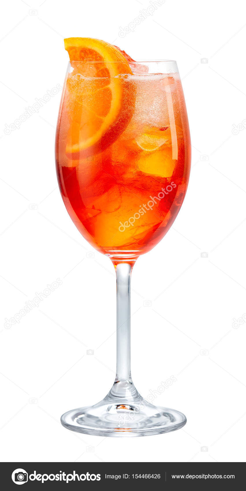 Bicchiere di aperol spritz cocktail foto stock zmaris for Bicchieri aperol spritz