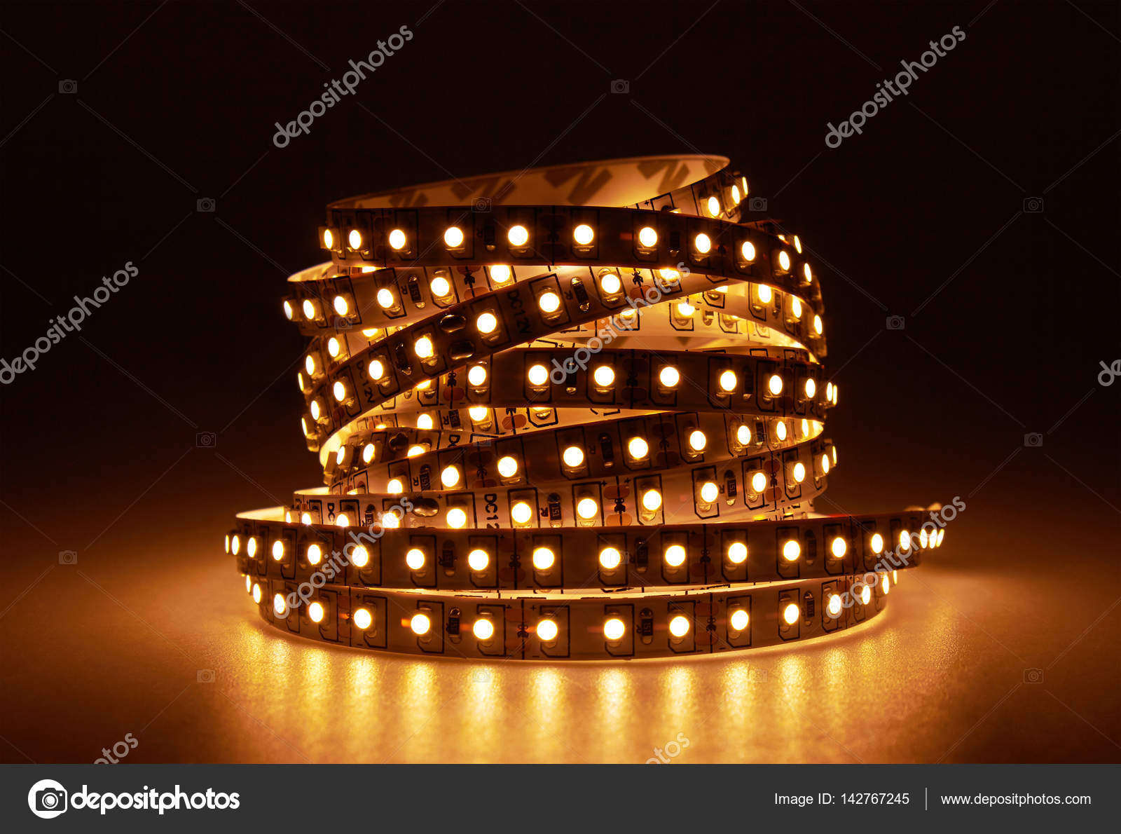 Diode strip. led verlichting tape u2014 stockfoto © krasyuk #142767245