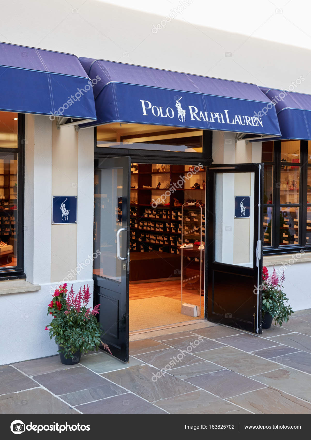 00049f61e38c Polo Ralph Lauren boutique in La Vallee Village. – Stock Editorial ...