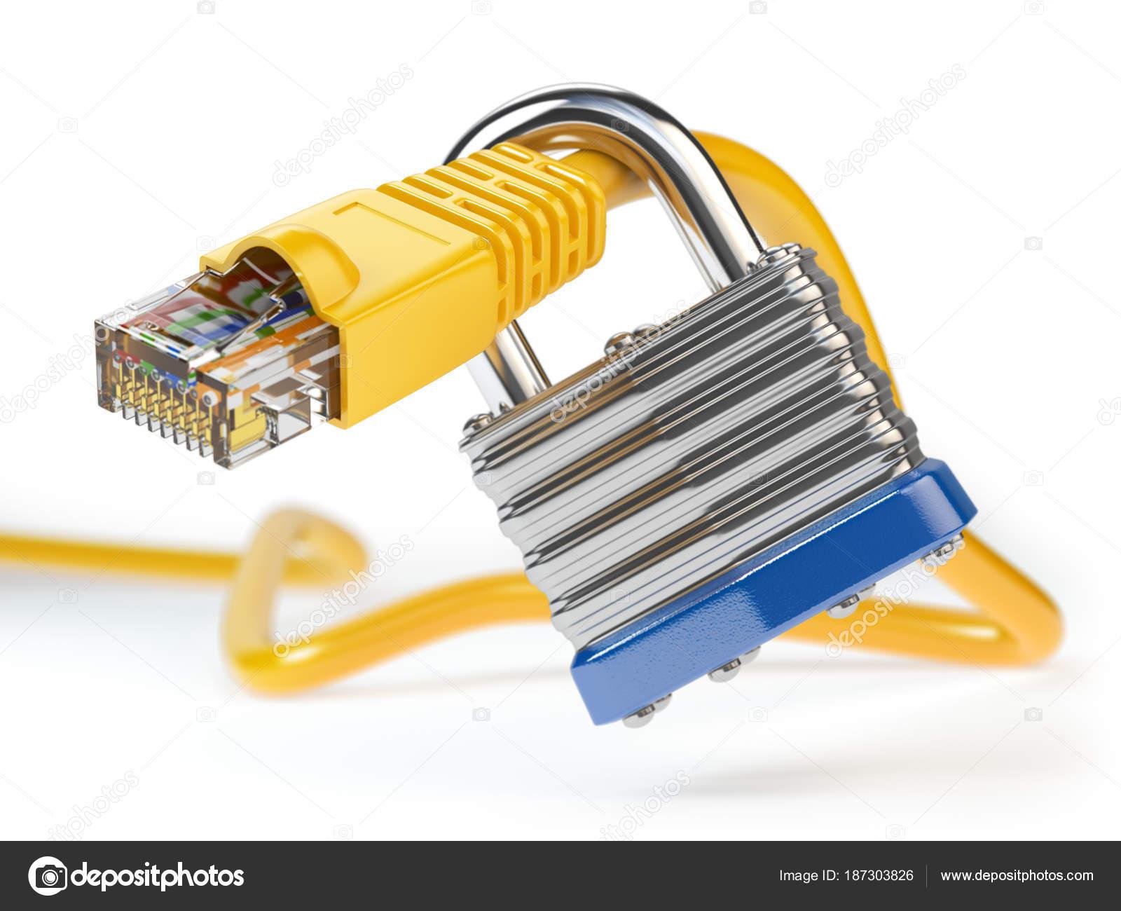 Ethernet-Netzwerkkabel mit Vorhängeschloss isoliert auf weißem bac ...