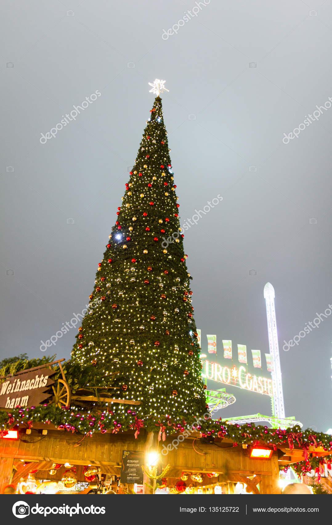 Weihnachtsbaum England.Weihnachtsbaum In Den Hyde Park Winter Wonderland London England