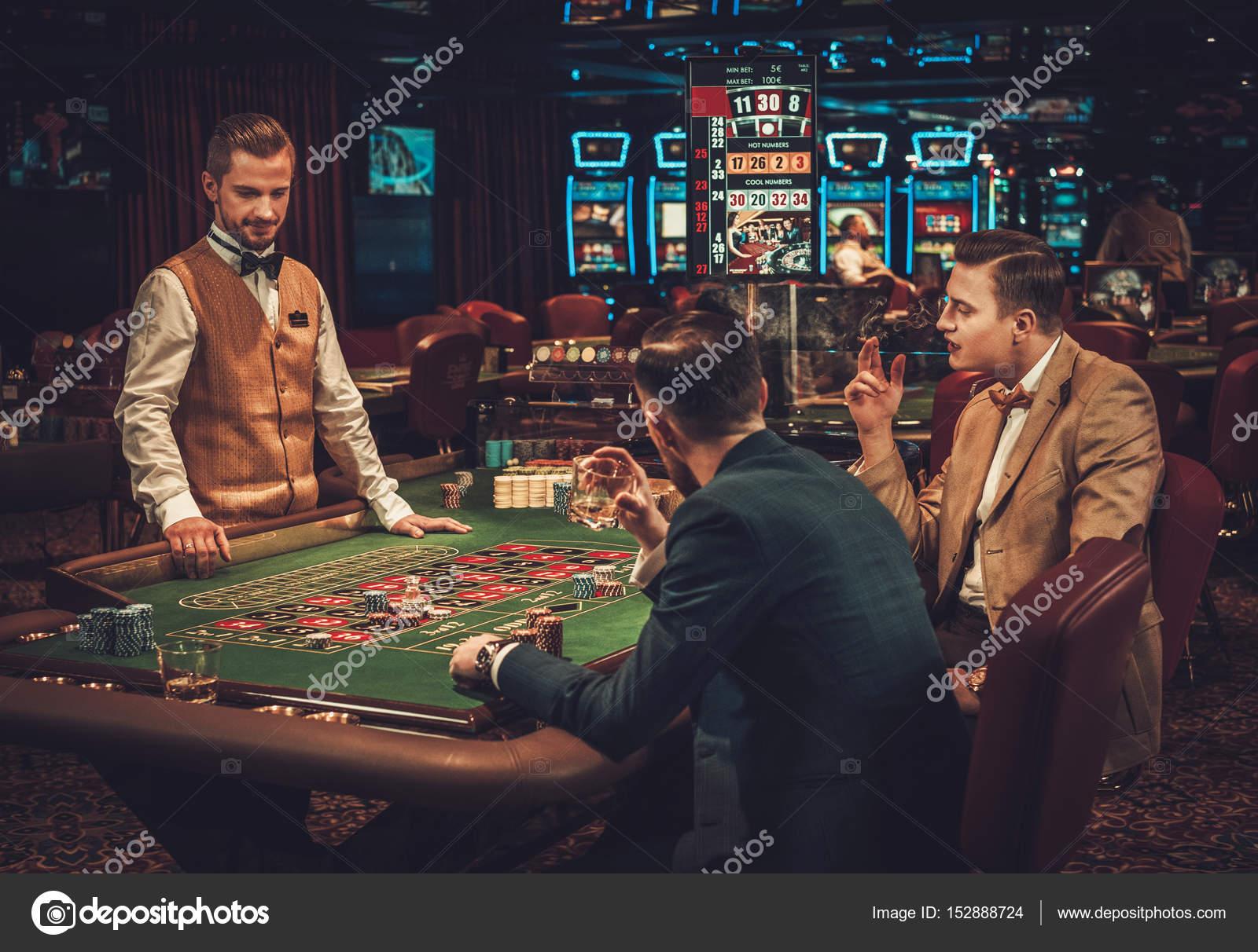 Азартные игры с друзьями игровые автоматы пасхальный сюрприз