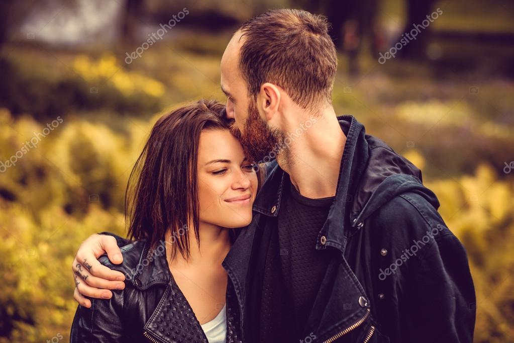 Просто целующиеся девушки фото фото 411-930