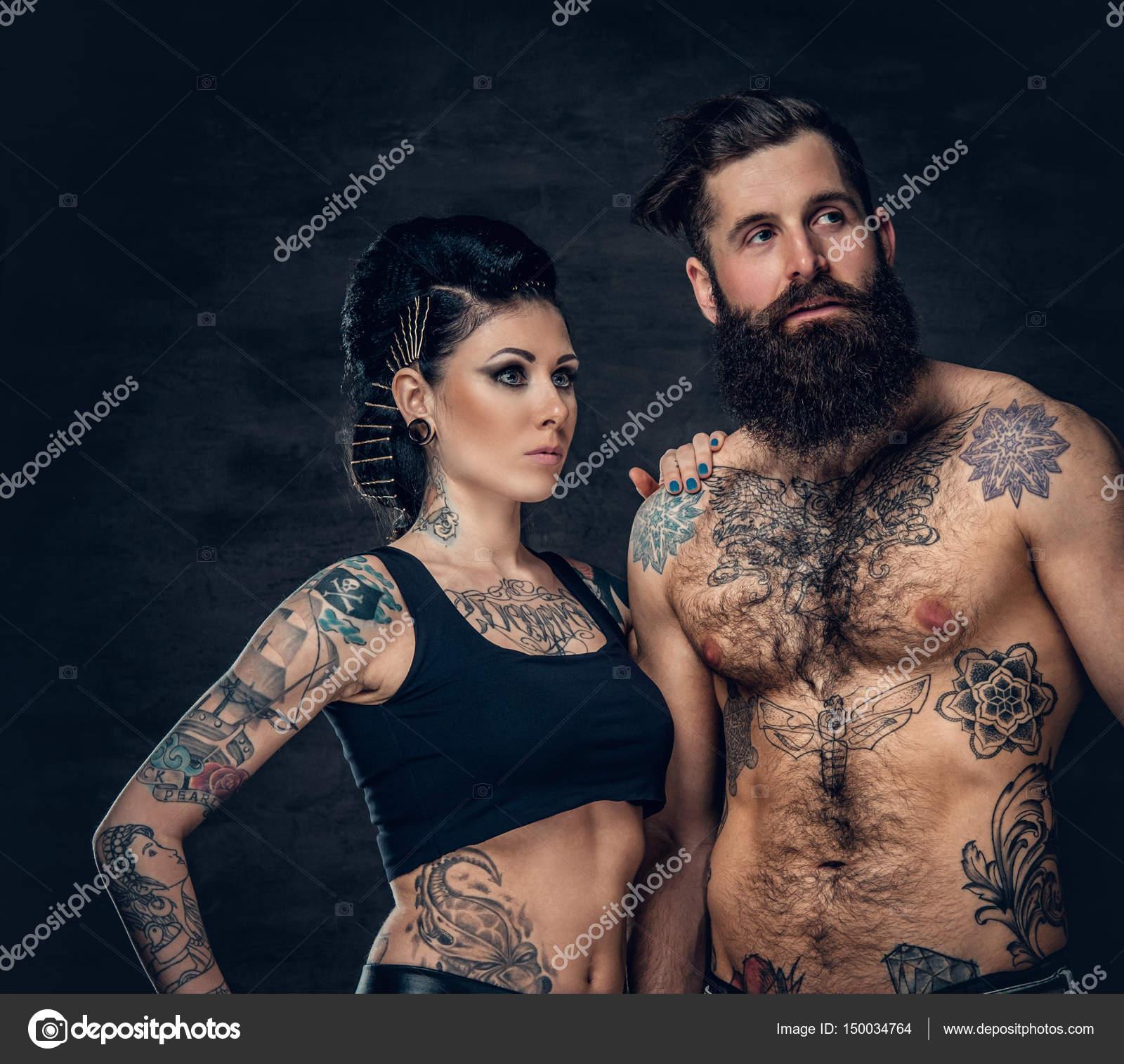 Modelos Hombres Con Tatuajes Y Barba Hombre Con Barba Tatuada Y