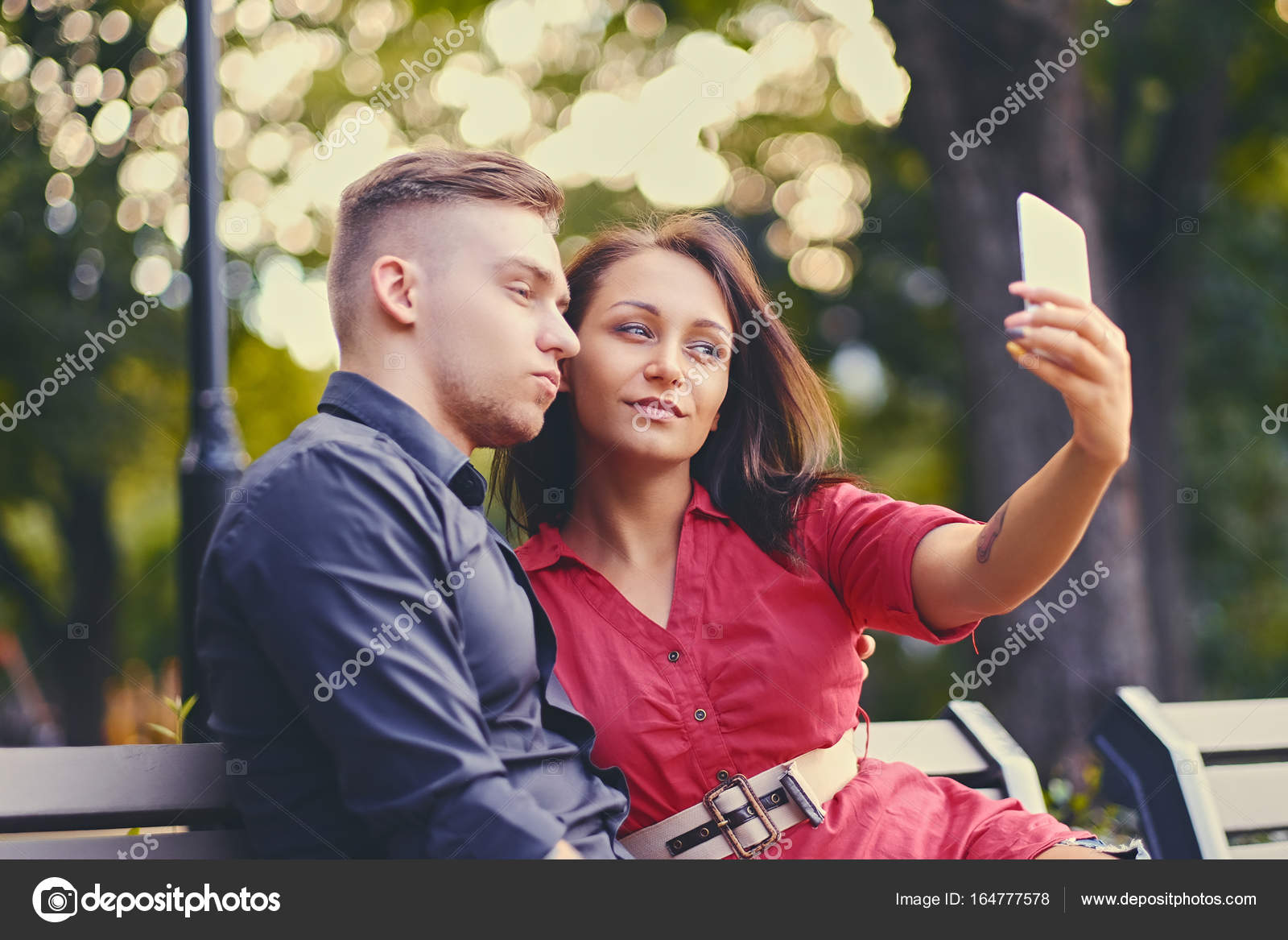 Instant messaging dating