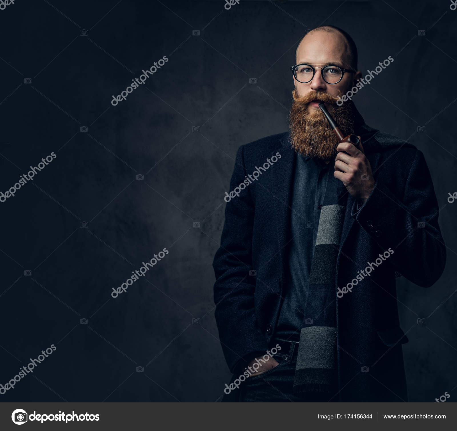 Cheveux roux pipe