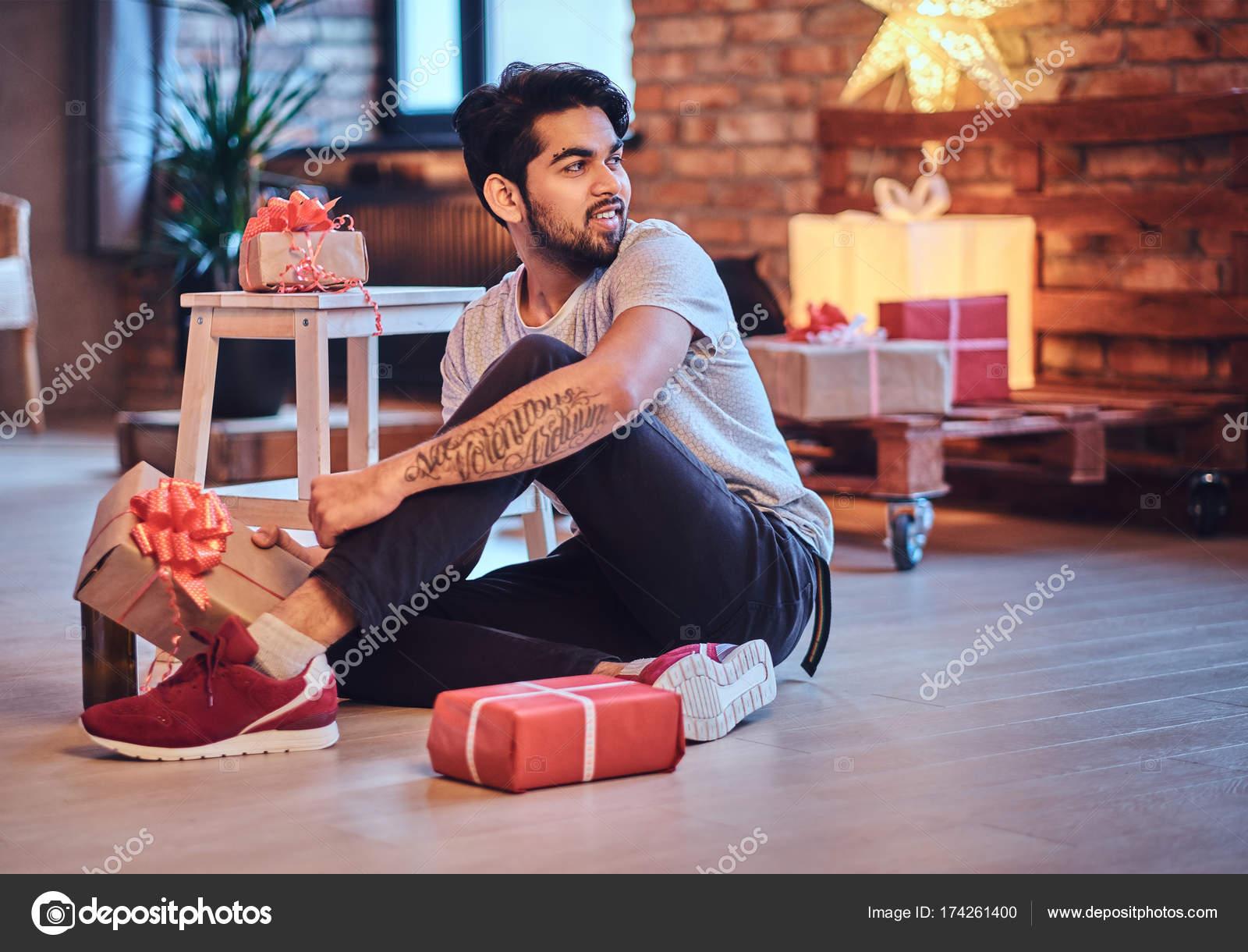Dating indischer Kerl Dating-Seiten orange nsw