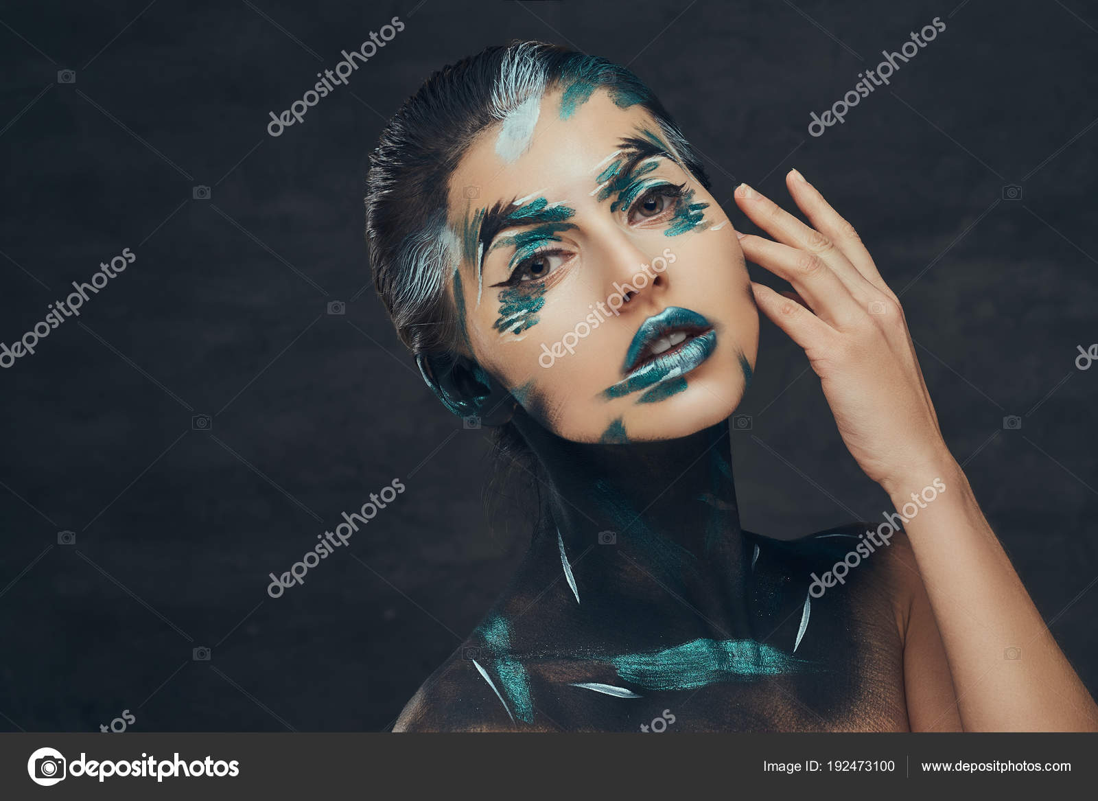 Пизда и лицо девушки на одном фото Частное фото 12