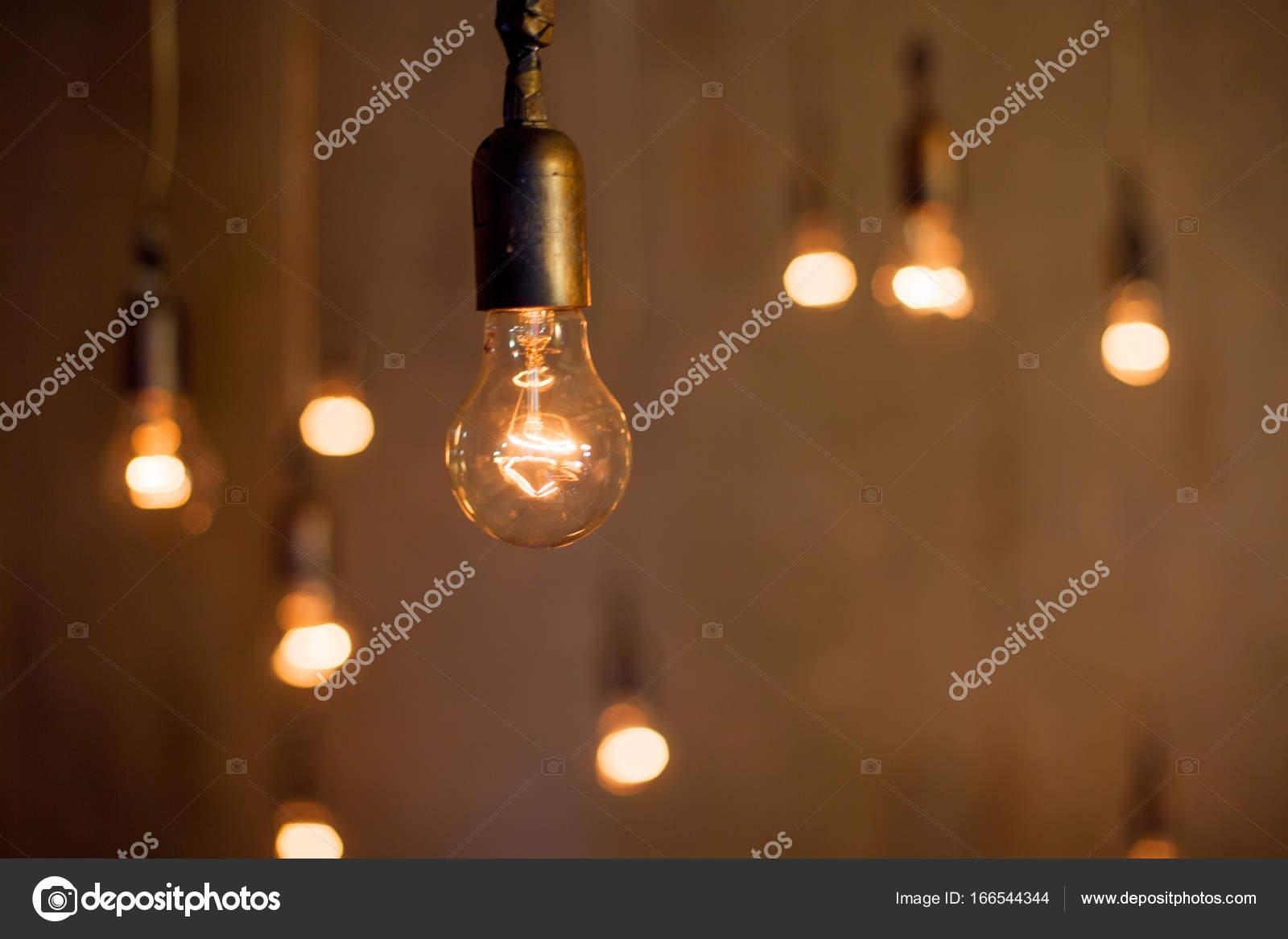 Lampen En Licht : Abstracte achtergrond met veel lampen licht concept van goede