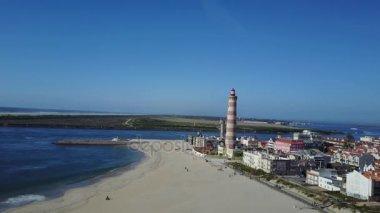 Portugalské pláže Barra