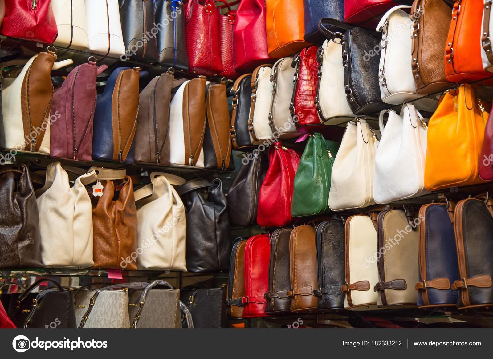 Gran Bazar Di Istanbul Foto Editoriale Stock Swisshippo 182333212