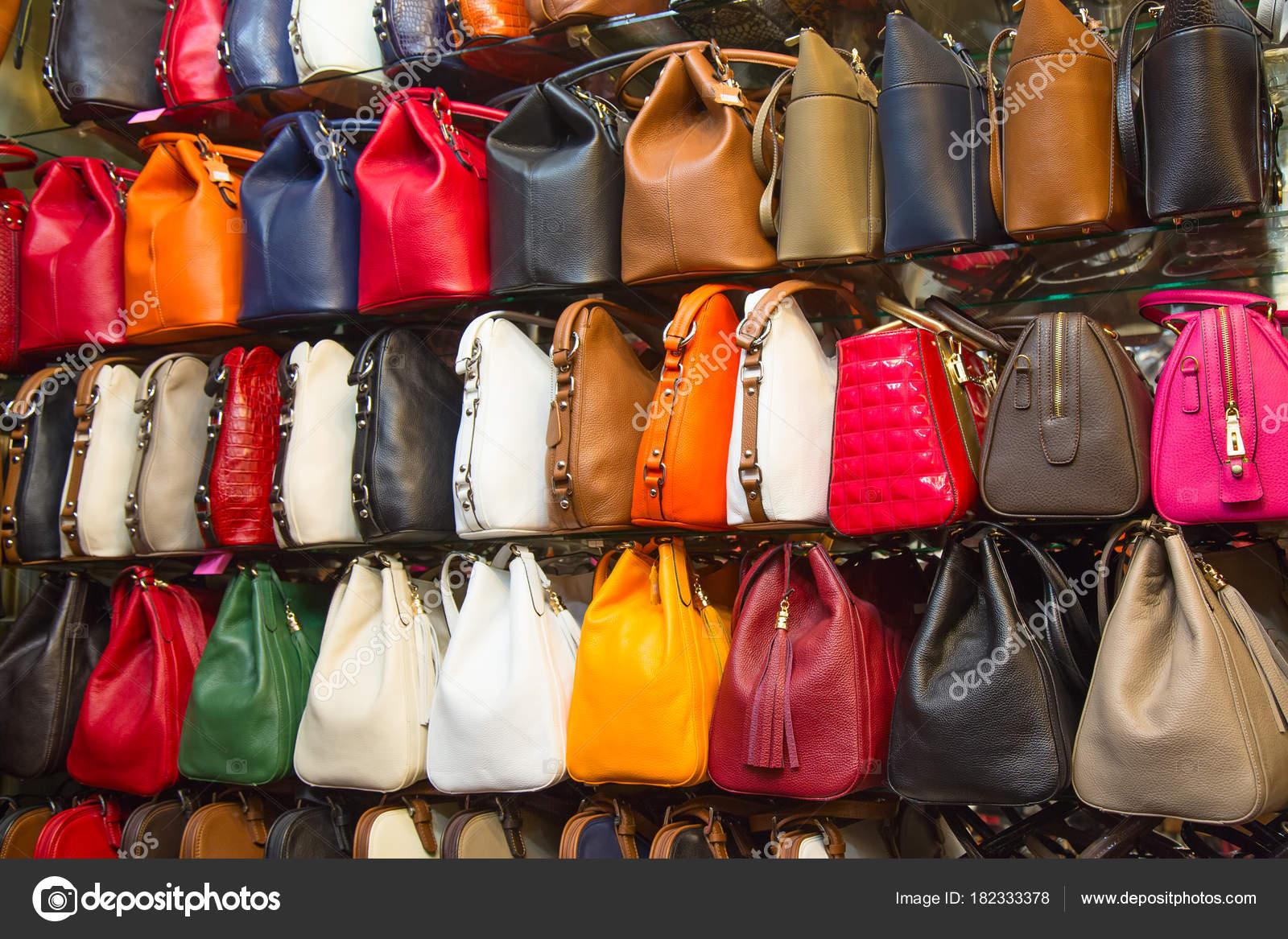 Gran Bazar Di Istanbul Foto Editoriale Stock Swisshippo 182333378