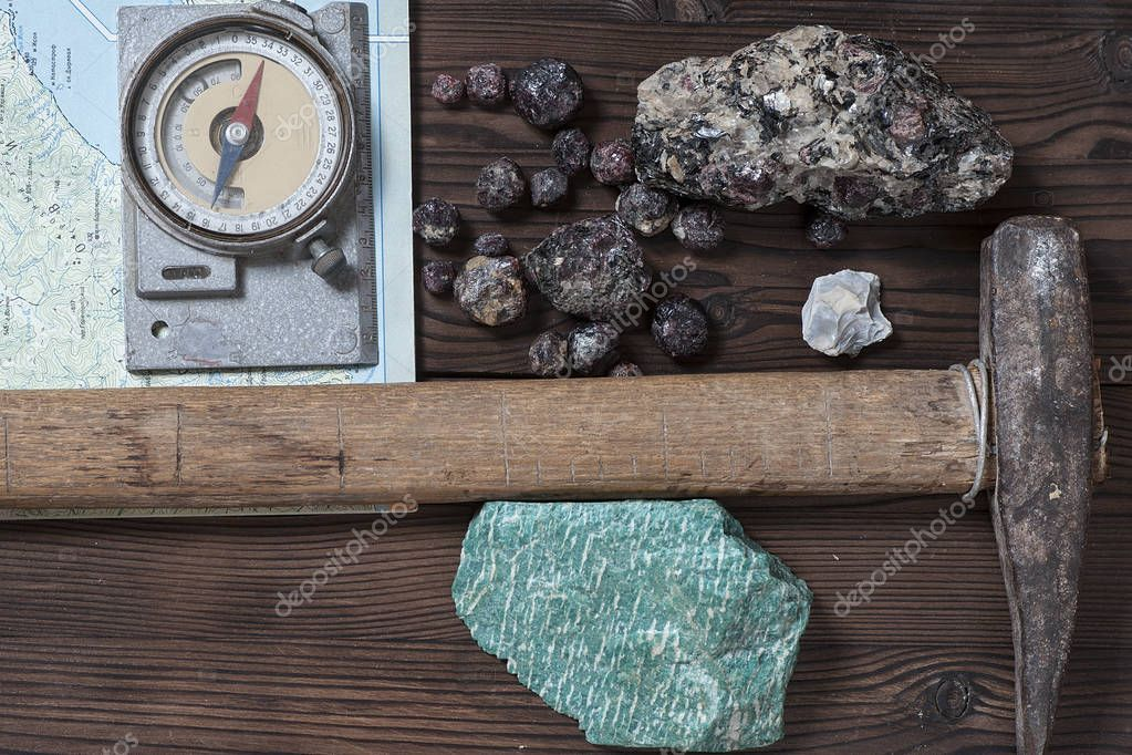 geological tools and minerals