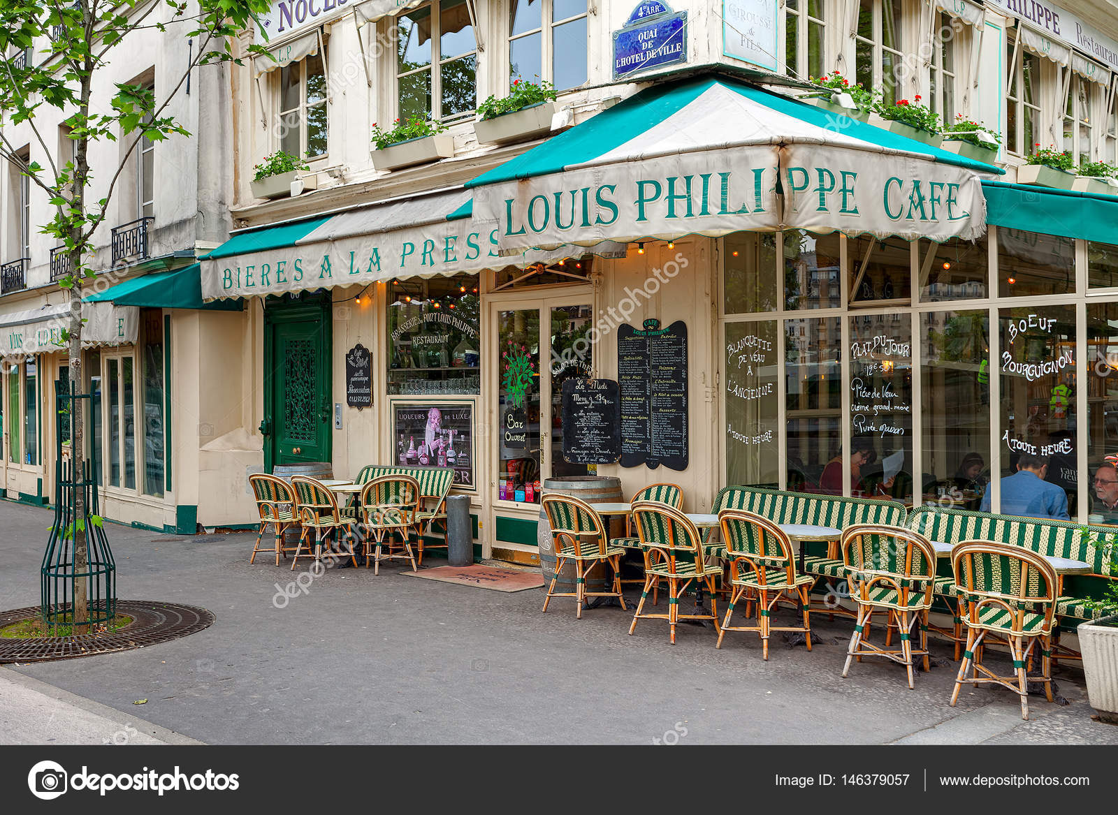 View Of Typical Parisian Cafe Stock Editorial Photo C Rglinsky 146379057