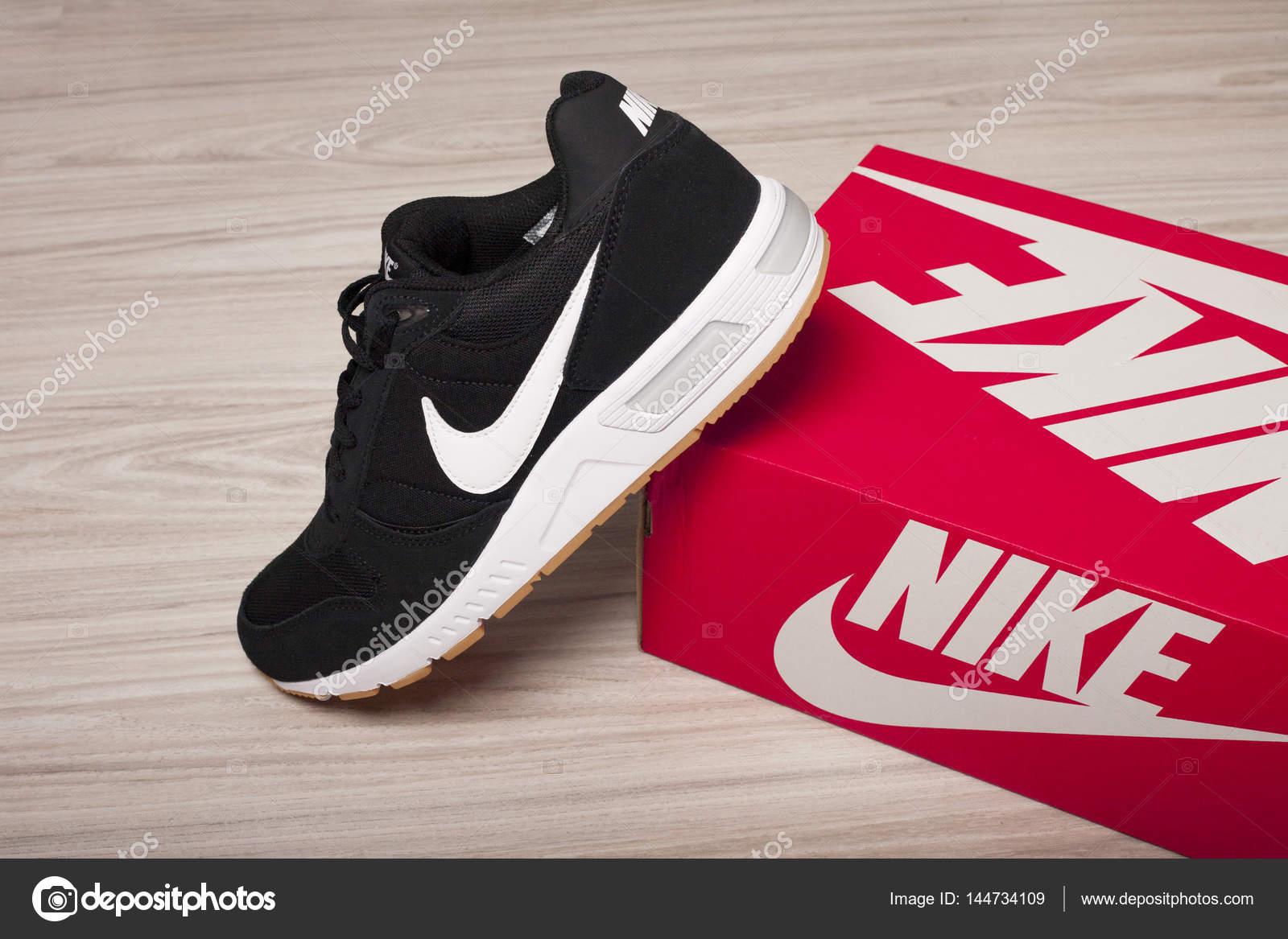 scarpe nike vietnam