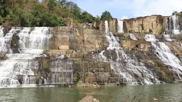 Slavné vietnamské řada dalších vodopád