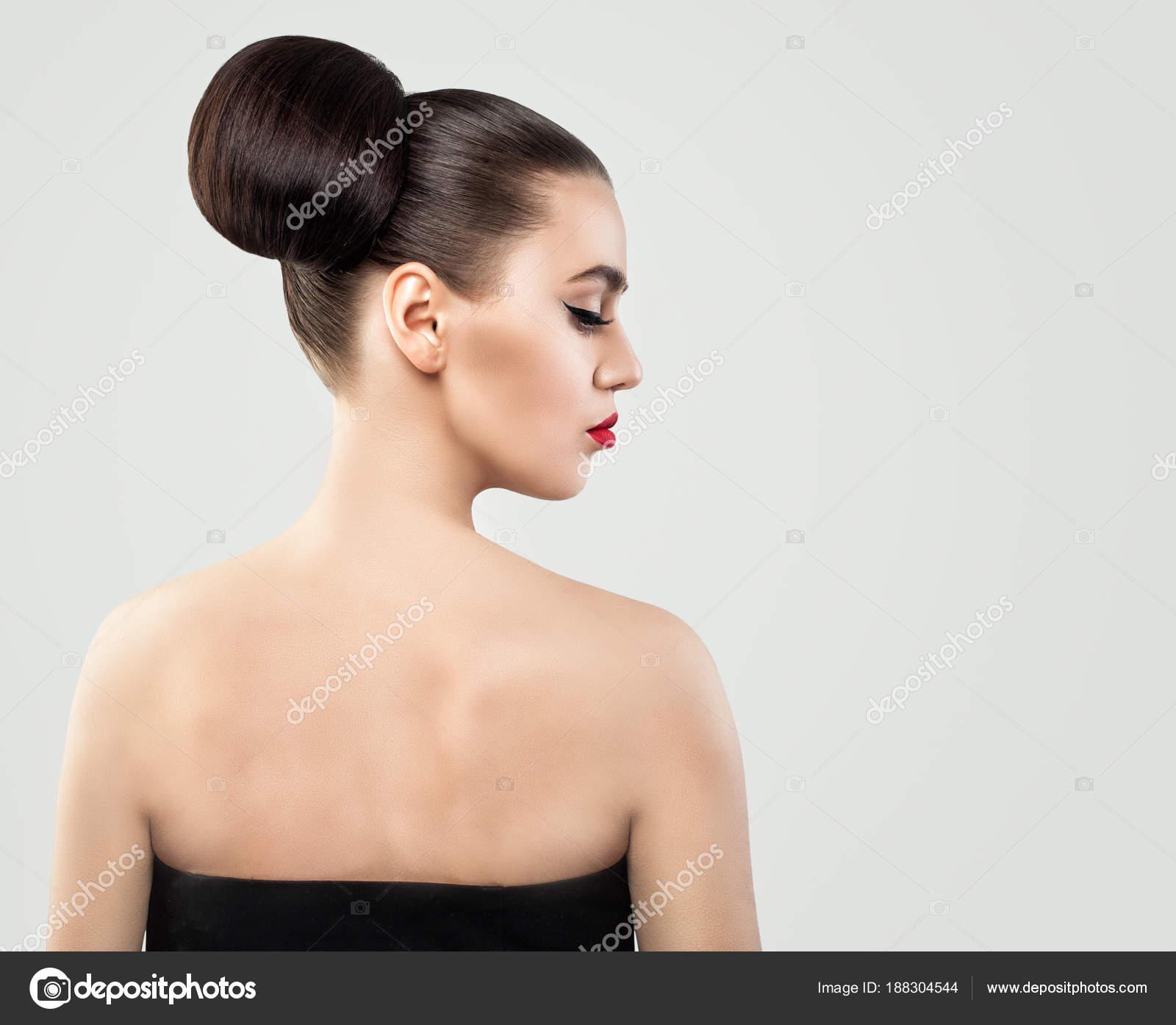 Kobiece Plecy I Profilu Kobieta Z Fryzury Updo Zdjęcie