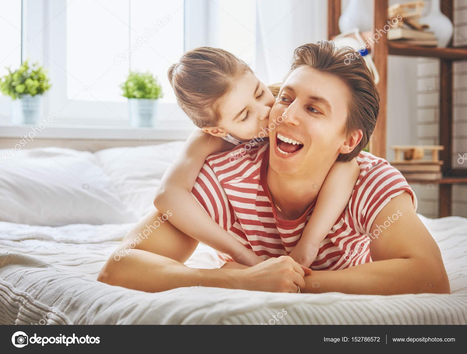 μπαμπάς μωρό κορίτσι dating είναι POF μια κακή ιστοσελίδα dating
