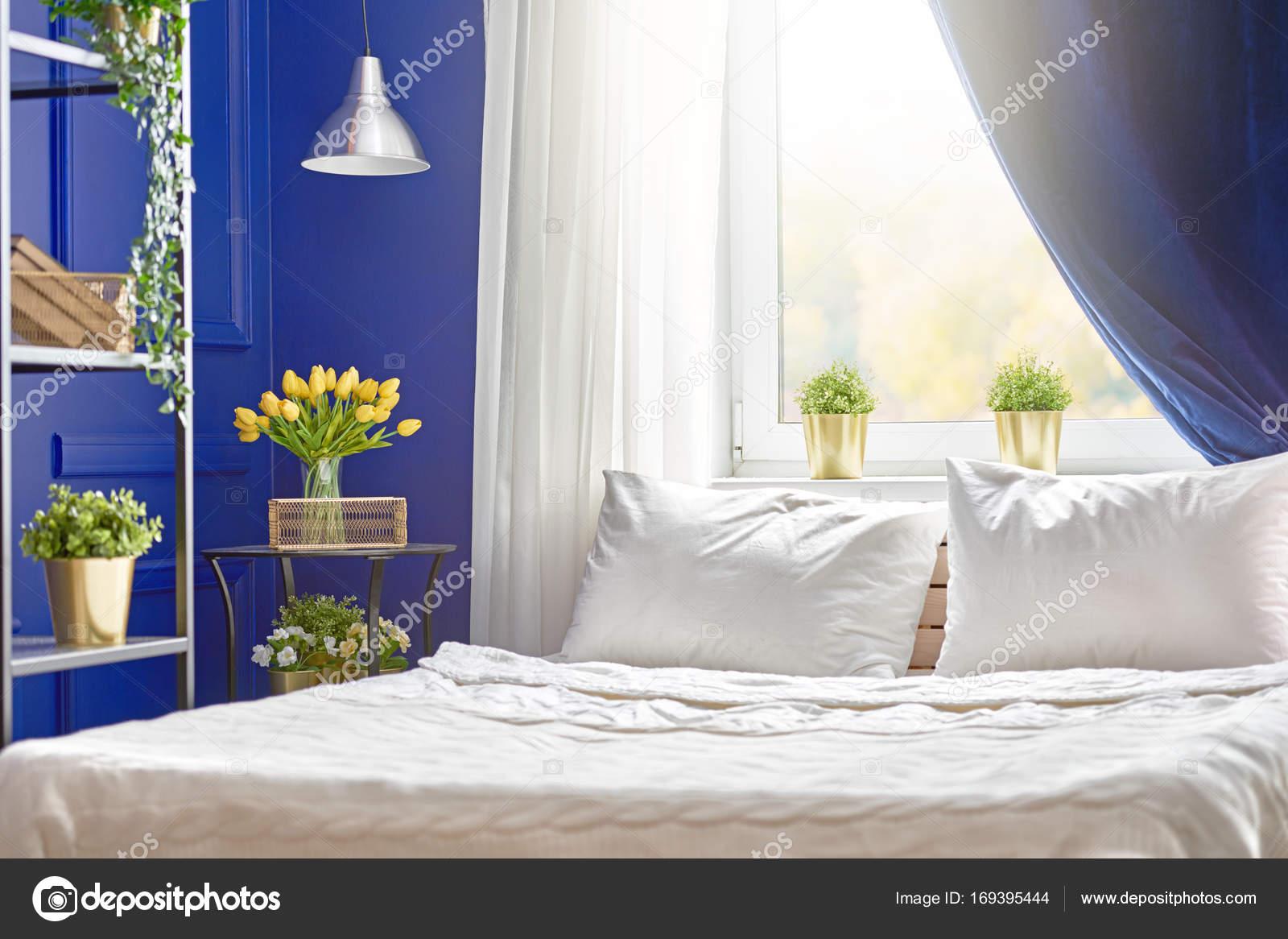Kleuren Op Slaapkamer : Slaapkamer in marine kleuren u stockfoto choreograph