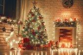 Fényképek A karácsonyi szoba