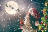 a jelen karácsony lány